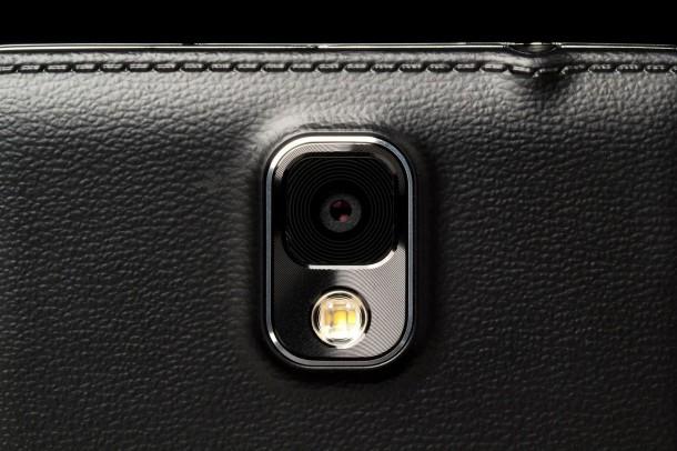 samsung-galaxy-note-3-rear-camera-macro